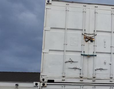 Einlagerung in Containern